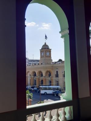 Uitzicht vanuit het nationaal theater in Santa Ana (El Salvador)