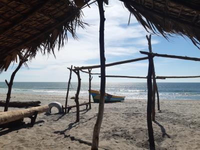Laatste blik op Playa Costa del Sol in El Salvador.