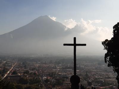 Uitzicht op de Aqua-vulkaan op Cerro de la Cruz.