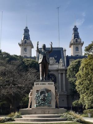 Buenos Aires: Standbeeld van Peron.