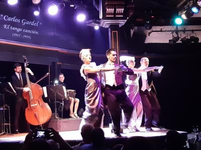 Tangodansavond in Buenos Aires, mooi om het hiermee af te sluiten.