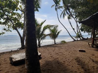 En verder door naar Corcovado met weer zo'n mooi strand.